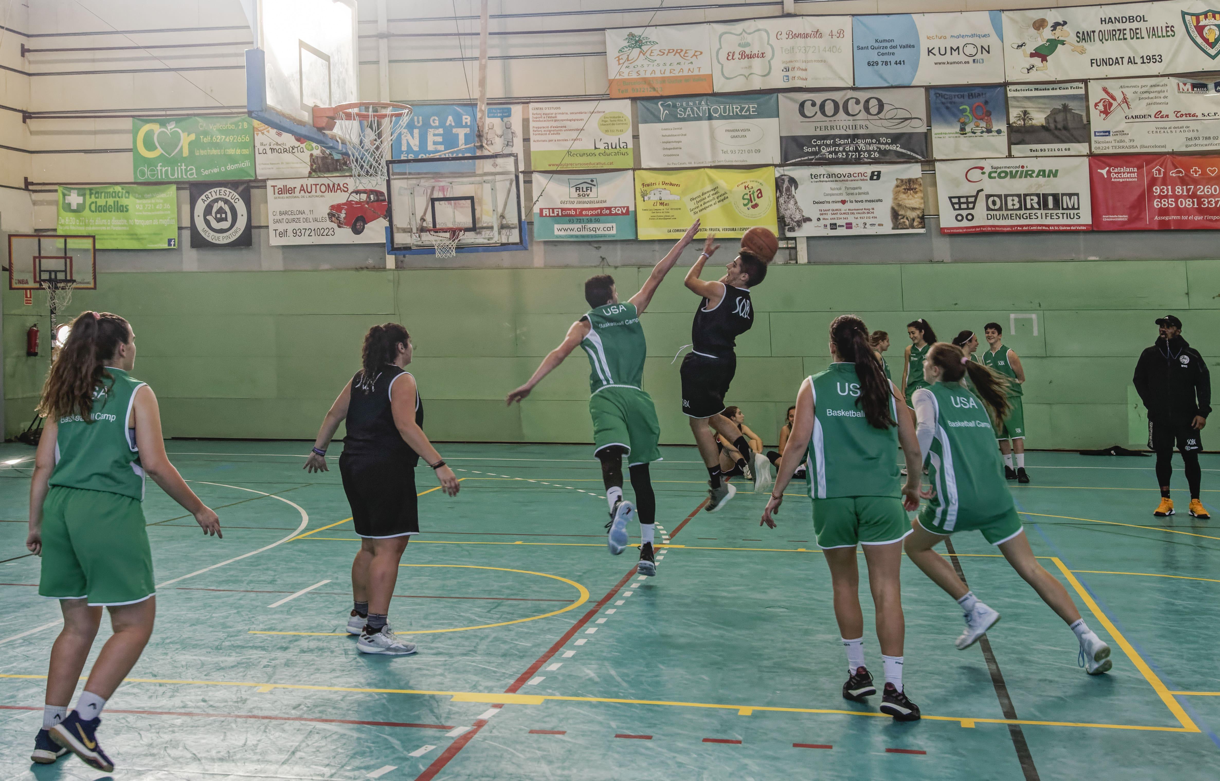 Barcelona Campus Navideño Baloncesto-min