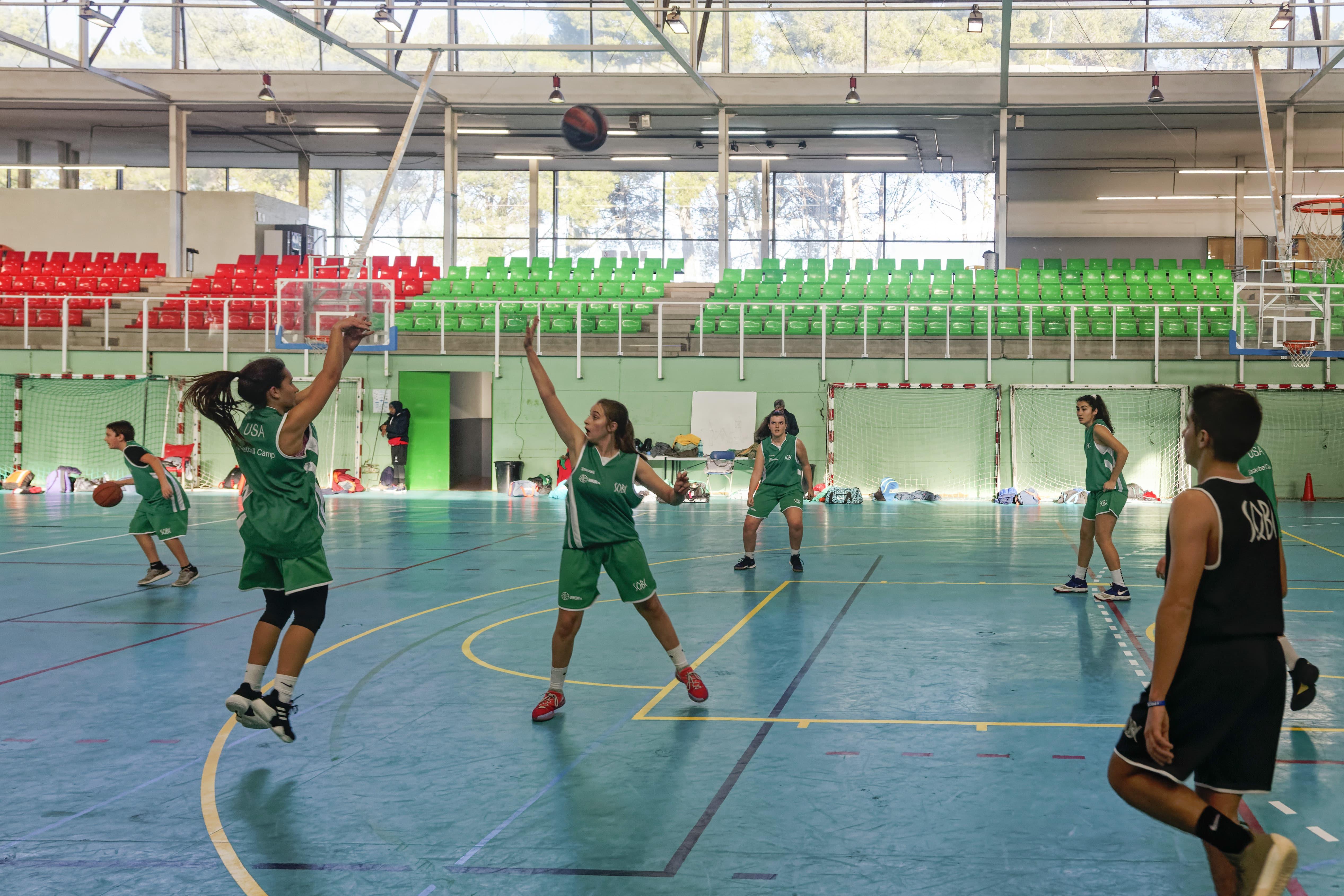 Campus Navidad Barcelona Baloncesto-min
