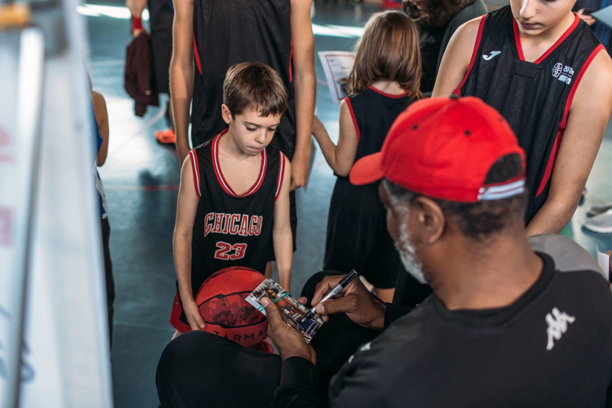 Audie Norris - Offlimitscamps - Campus De Navidad Baloncesto