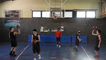 Campus De Navidad De Baloncesto En Barcelona - Offlimitscamps