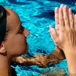 helena jauma - entrenadora natacio artistica -offlimits camps
