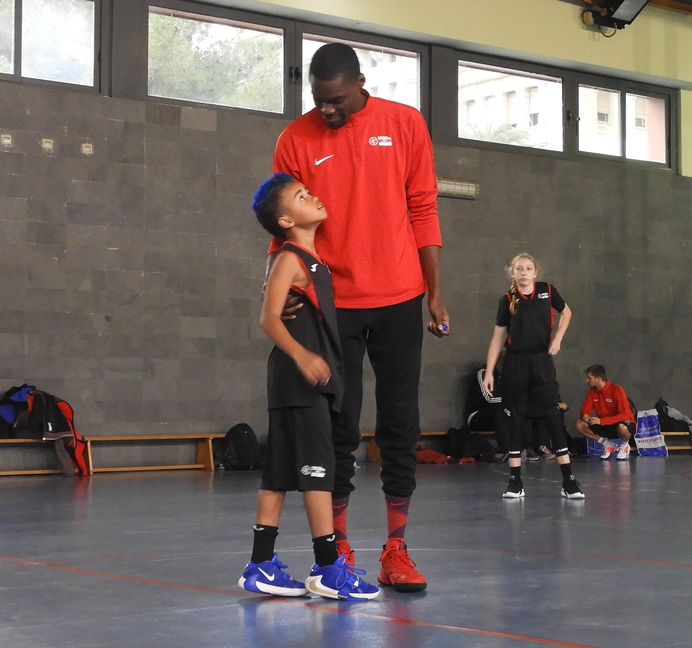 Nba Campus De Baloncesto En Navidad En Barcelona - Offlimitscamps